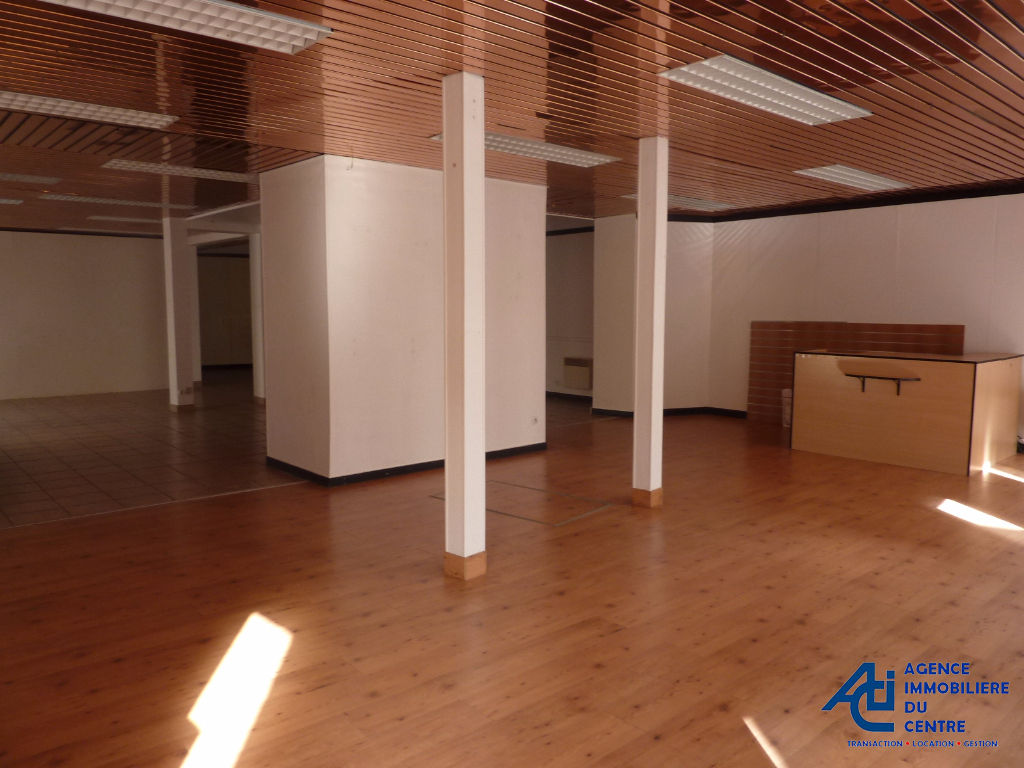 Local commercial  PONTIVY 150 m² MORBIHAN BRETAGNE 6/8