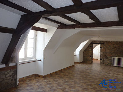 Centre ville de Pontivy, appartement T3 - 68 m2